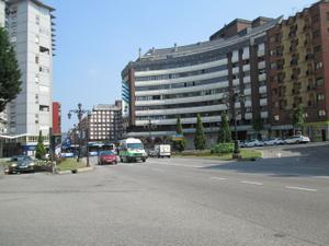 Apartamento en Alquiler en Centro - Estacion de Autobuses / Milán - Pumarín