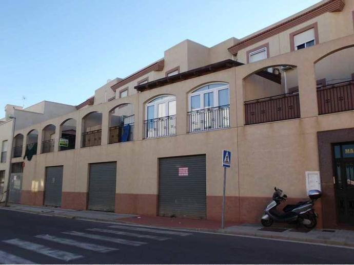 Piso en almer a capital en almeria la ca ada 140407853 for Pisos en almeria capital