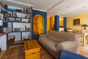 Finca rústica en Venta en Los Serranos - Pedralba. Antigua Bodega Convertida en Una Preciosa Casa de Pueblo de 154m  con Garaj / Pedralba
