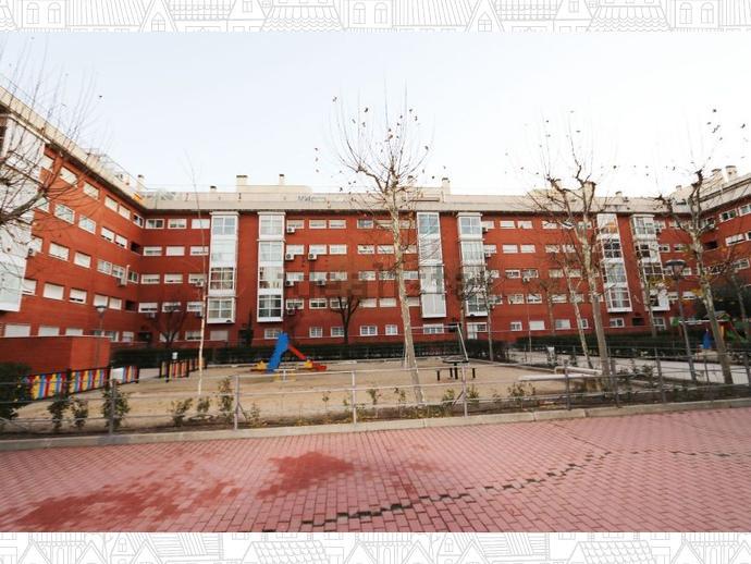 Foto 8 de Piso en  Transversal Sexta / San Andrés de Villaverde,  Madrid Capital