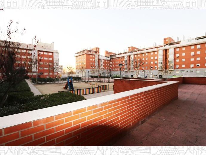 Foto 1 de Piso en  Transversal Sexta / San Andrés de Villaverde,  Madrid Capital