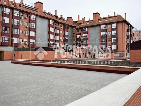 Dúplex en venta con terraza en Madrid Capital