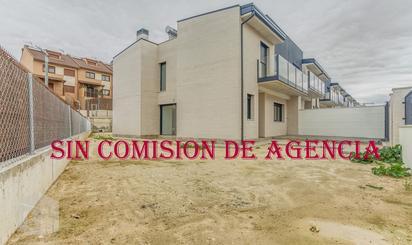 Casa adosada en venta en Huelva, Arroyomolinos (Madrid)