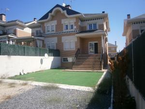 Alquiler Vivienda Casa adosada castañeras