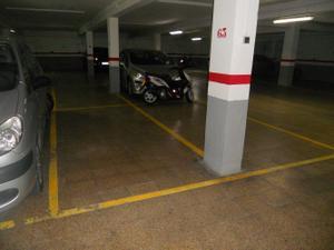 Garaje en Venta en Avda del Puerto / Camins al Grau