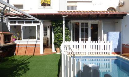 Casa adosada en venta en  Almería Capital