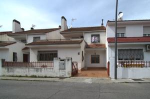 Casa adosada en Venta en Getafe - Sector 3 / Sector 3