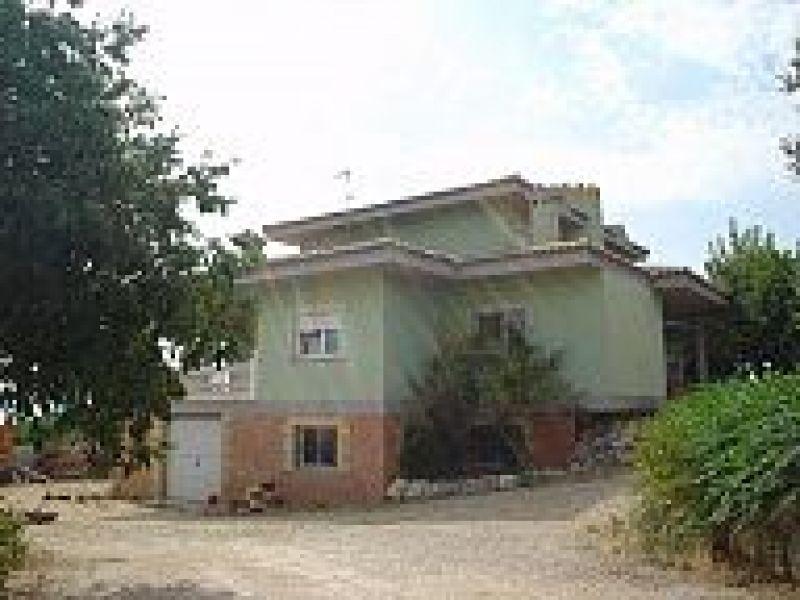 Casa  Alberic ,urb. san cristóbal. Chalet en urbanización san cristobal de alberique