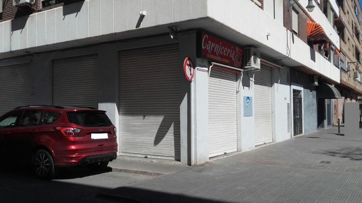 Miete Geschäftsraum  Xirivella ,estacion vieja. Local esquinero ideal carniceria