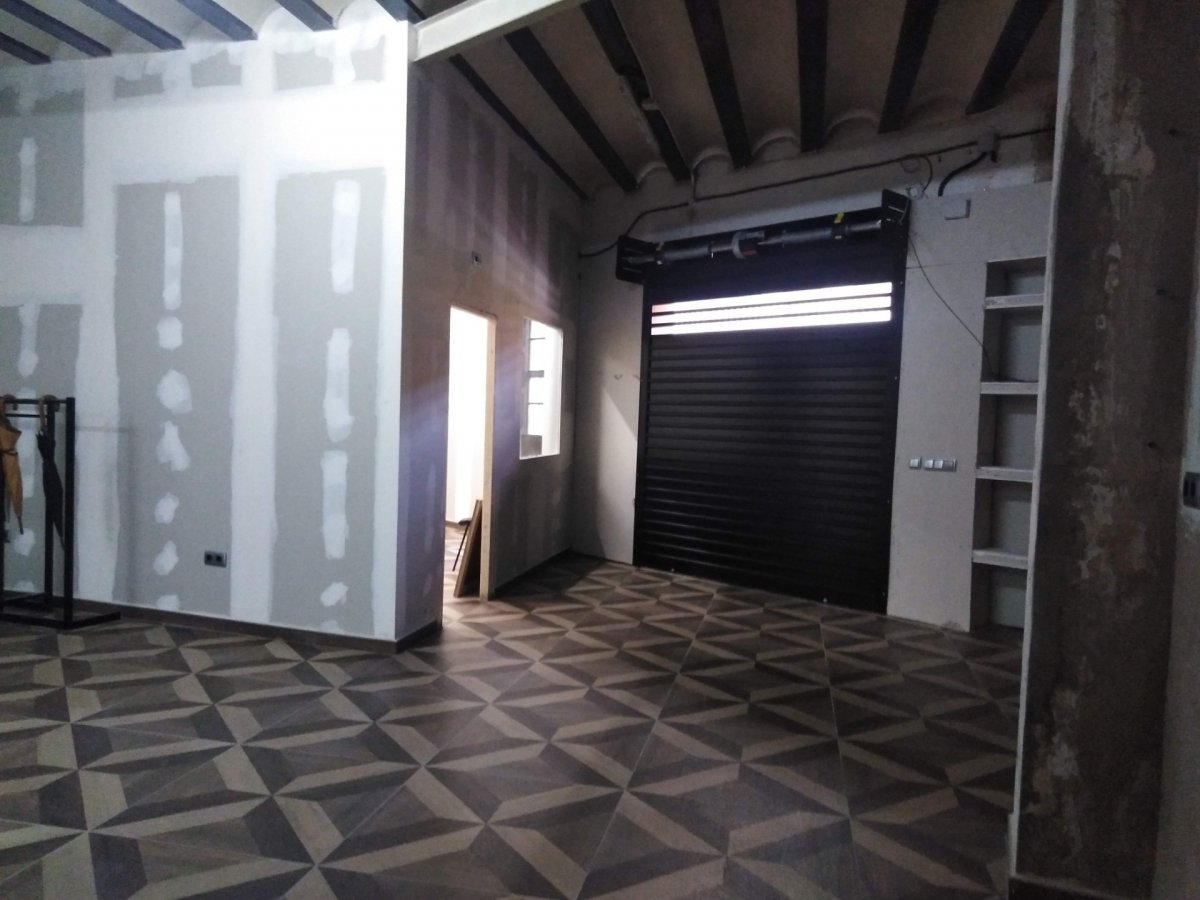 Location Appartement  Alaquas ,ausias march. Bajo vivienda semi-reformado (varias utilidades)