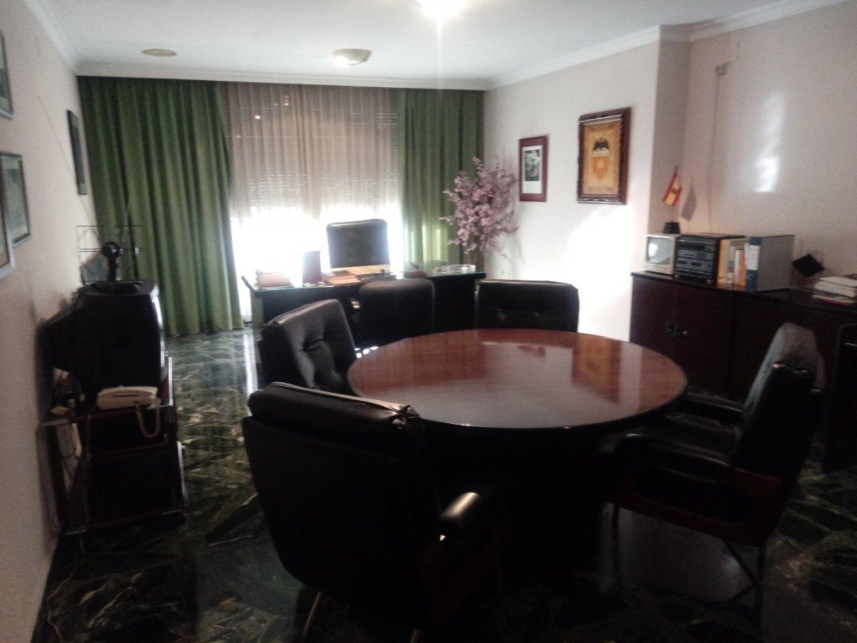 Alquiler Piso  Aldaia ,centro. Espectacular piso habilitado como despacho en el centro de aldai