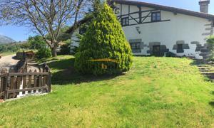 Finca rústica en Venta en Arribe-atallu Casa con 3600m2 de Parcela. / Lizartza