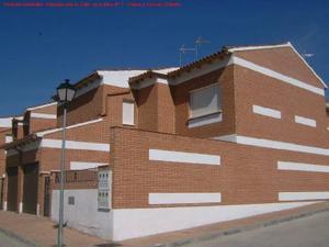 Casa adosada en Venta en Precio Muy Negociable Llamando 91 174 10 62 / Calera y Chozas