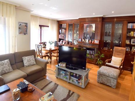 Einfamilien reihenhäuser zum verkauf mit heizung in España