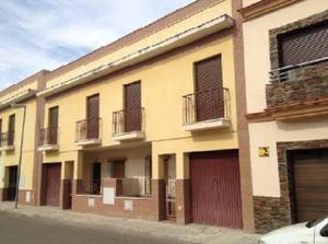 Casa adosada en Venta en Doña Ramona Fito Dominguez Fito / Villaverde del Río