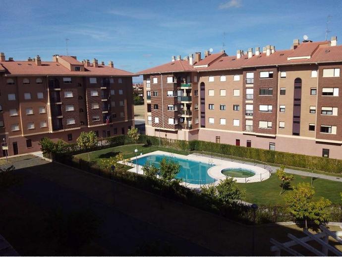 Casa adosada en santo domingo de la calzada en avenida de haro 143234675 fotocasa - Casa rural santo domingo dela calzada ...