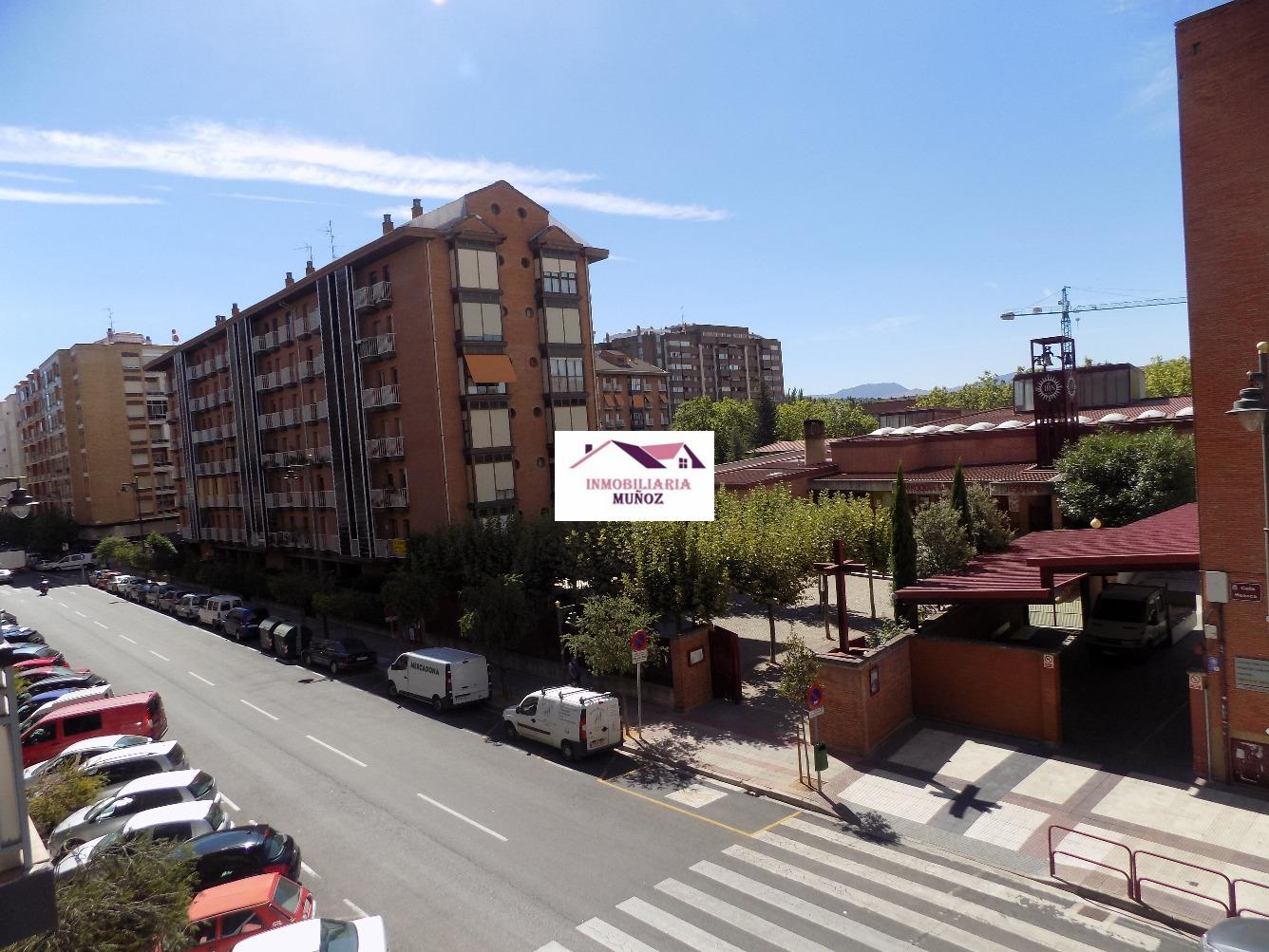 Piso en venta en Oportunidad en Plaza 1º de Mayo Frente hellip;