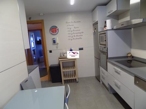 Pisos en venta con ascensor en Logroño