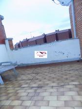Ático en Venta en Ático en Vara de Rey con Dos Terrazas y Muy Bien Situado / Centro