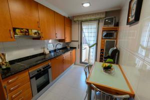 Apartamento en Venta en Precioso Apartamento en el Arco con Garaje-piscina y Trastero / San Adrián