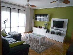 Alquiler Vivienda Piso piso con terraza + garaje