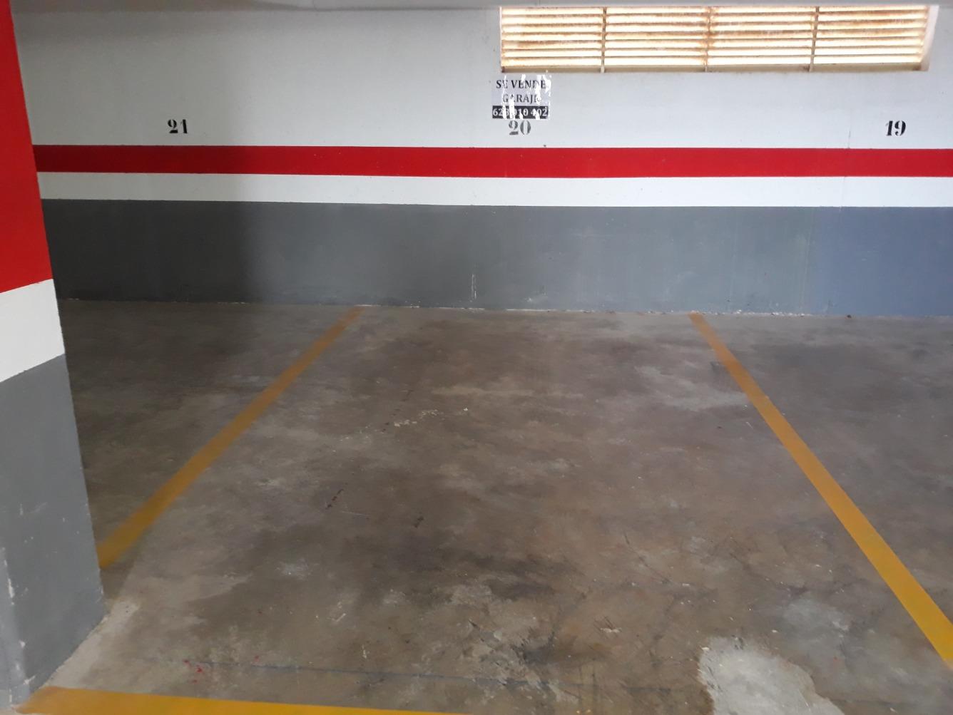 Aparcament cotxe  Calle aragon, 13. Garaje muy amplio en playa Moncofar