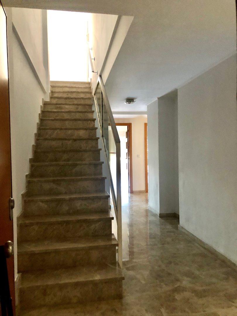 Rent Flat  Atico duplex catarroja 3 hab 3 wc 3 terrazas con 2 plaza de gara. Atico duplex en alquiler opc compra o alquiler  vacio sin nevera