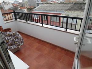 Venta Vivienda Piso semi nuevo, terraza orientación sur.