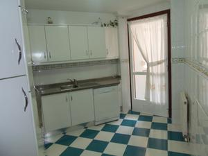 Apartamento en Alquiler en Tapia / Cambre