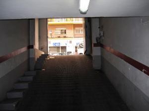 Garaje en Venta en Cabo Jubi / L'Eixample