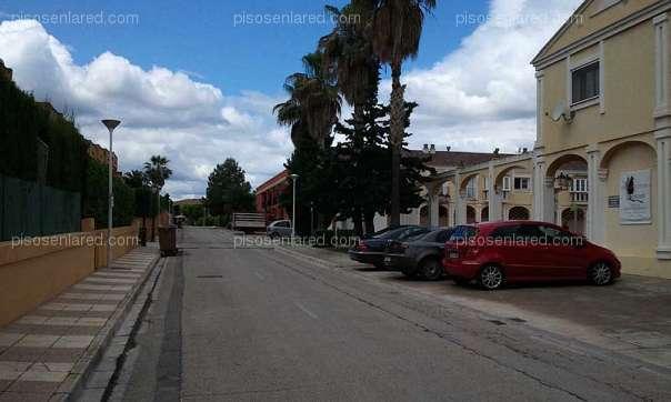 Aparcament cotxe  Urb. el bosque,Chiva,valencia. Se vende plaza de garaje de 13m2 en Chiva
