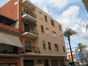 Piso en Venta en Valencia / Carcaixent