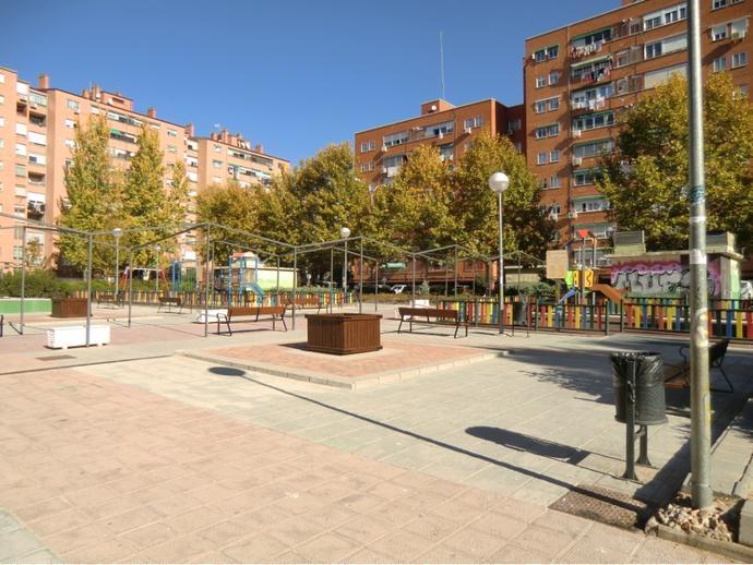 Foto 1 de Piso en  Avenida Naciones / Centro, Fuenlabrada