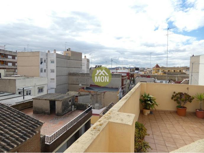 Foto 29 de Casa adosada en Calle Del Ferrer / Picassent