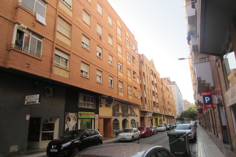 Piso en Calle JUAN RAMON JIMENEZ