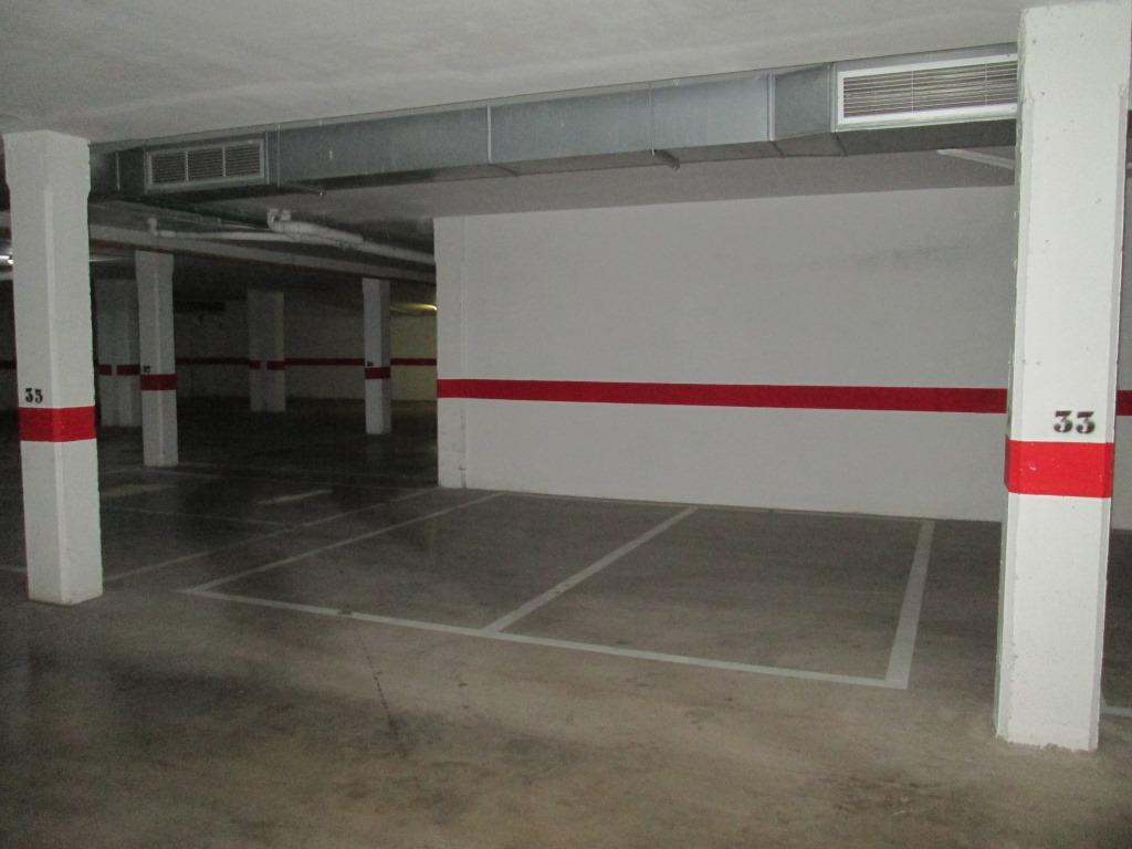 Parking en Calle ENRIC VALOR