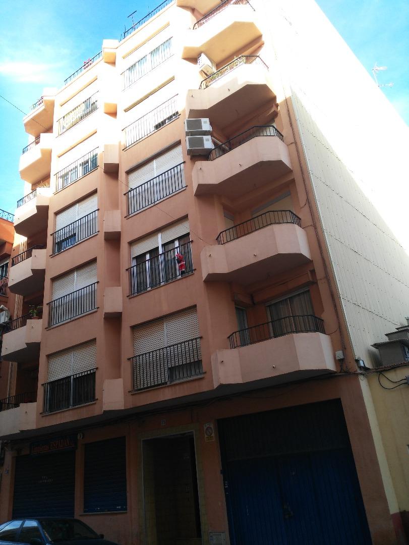 Piso en Calle Alfonso pallares