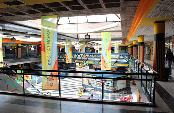 Local en Calle Calle Groenlandia, centro comercial El Carmen
