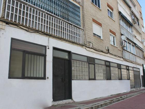 Local en venta  en Calle JUAN XXXIII, ( URB. ESPAÑOLETO ), Parla