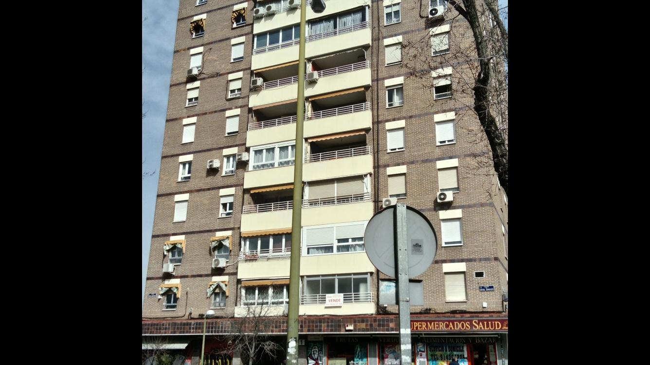 Piso en Calle ENTRE ARROYOS