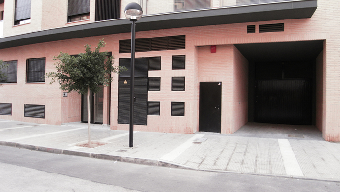 Parking en Calle Colon esq. calle cañaret