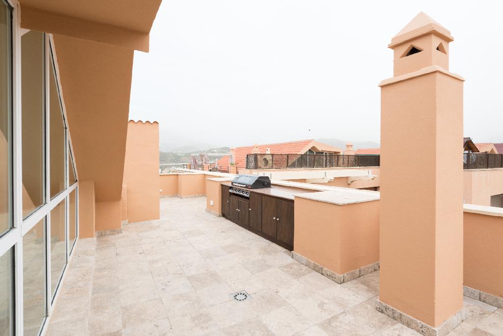Dúplex en Urbanización Magna Marbella