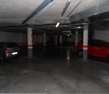 Parking en Calle boulevard dels musics