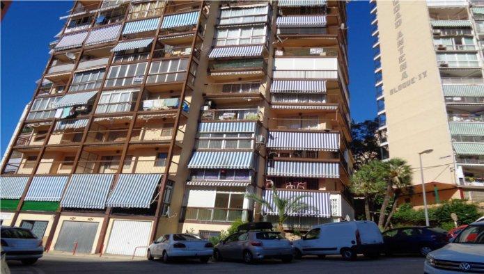 Piso en Avenida MONTECARLO, CIUDAD ANTENA