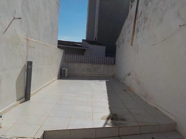 Chalet adosado en Calle CALDERÓN