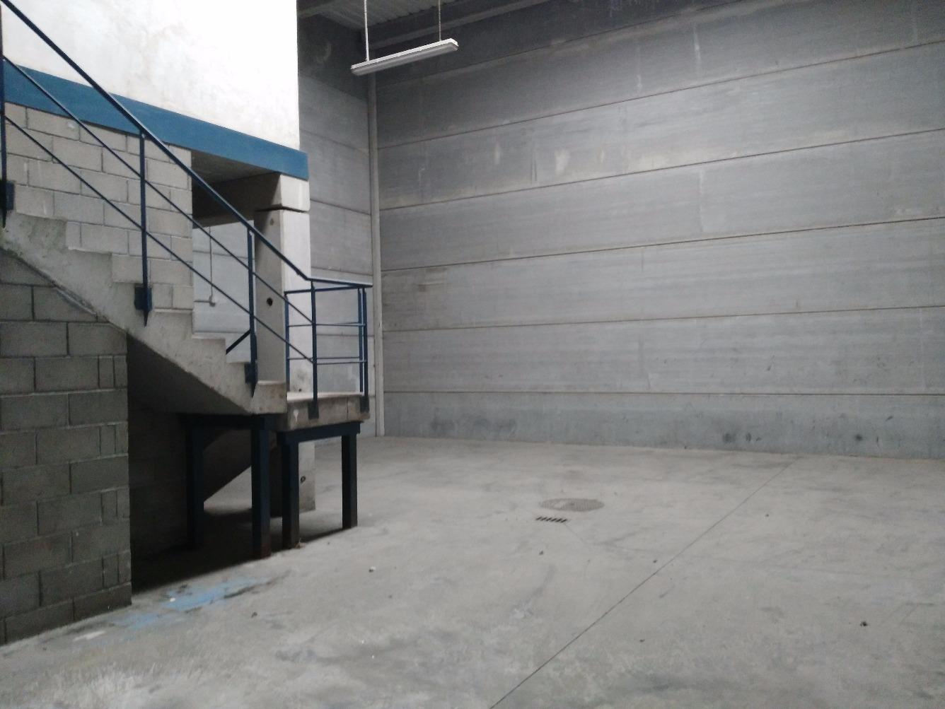 Industrial - Nave industrial en Avenida DE LOS POCILLOS