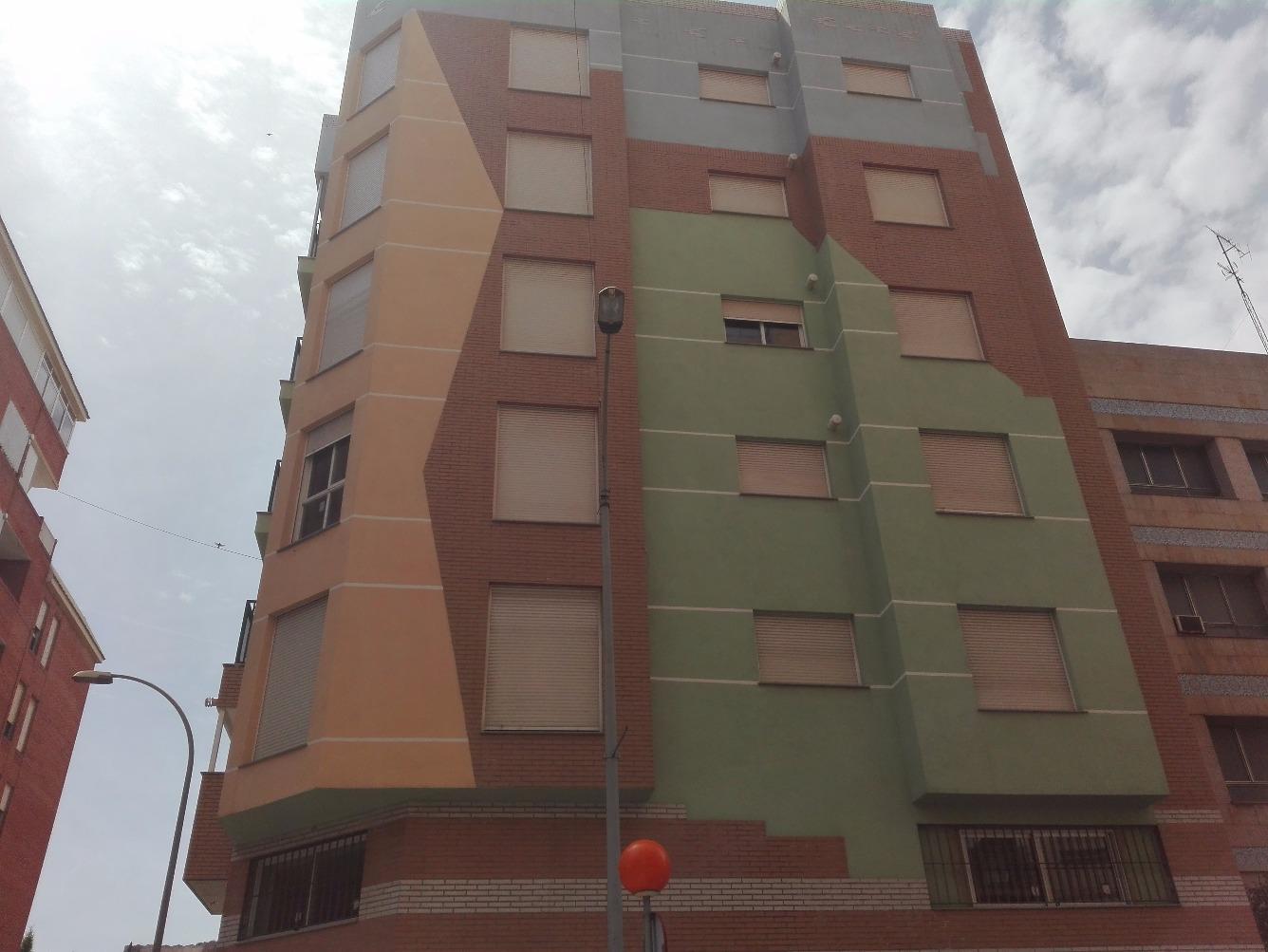 Piso en Calle CERAMISTA ROCA