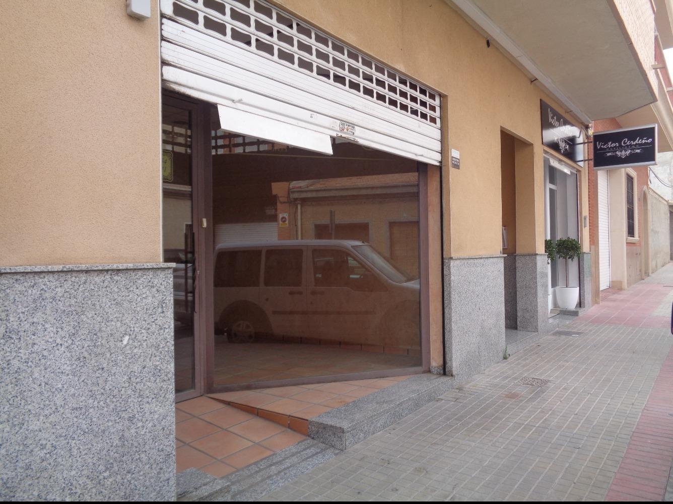 Local en Calle Virgen de las Mercedes