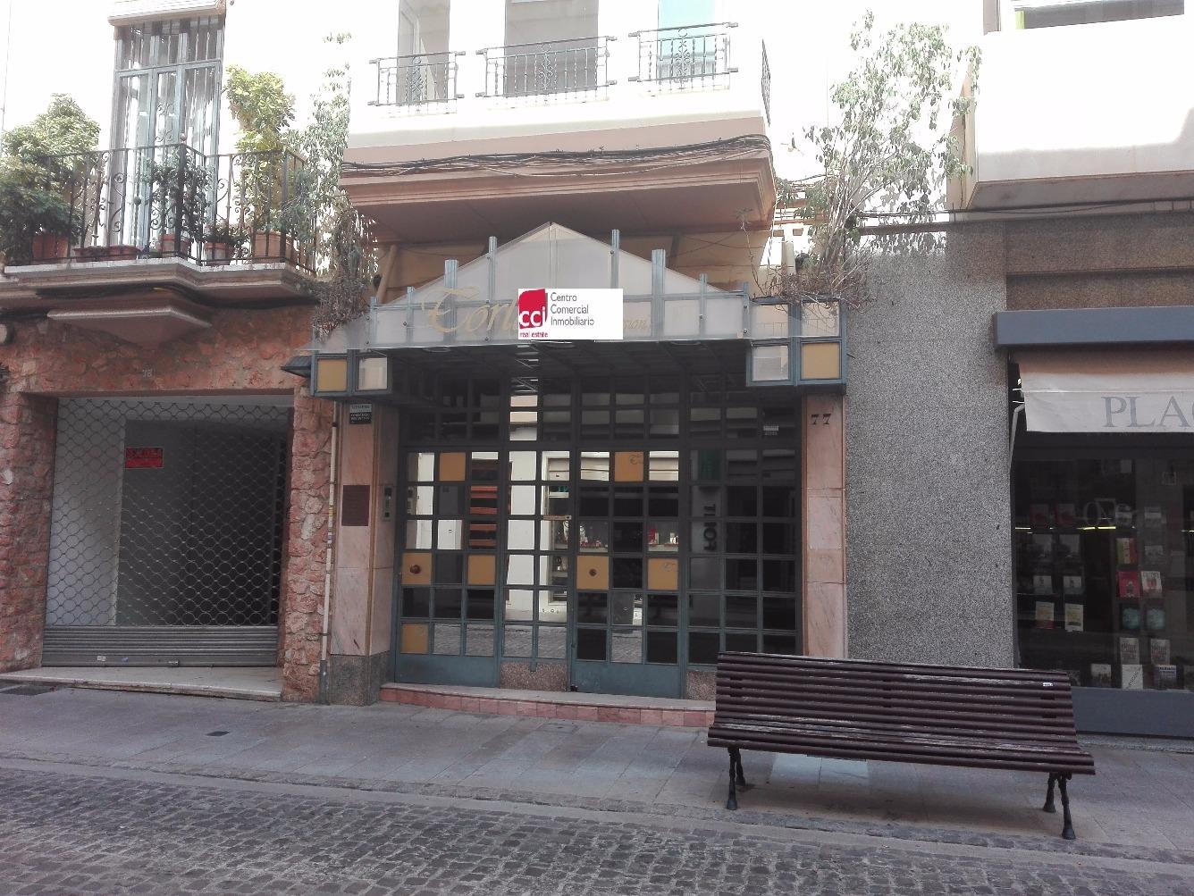Local - 1ª línea comercial en Calle ALLOZA