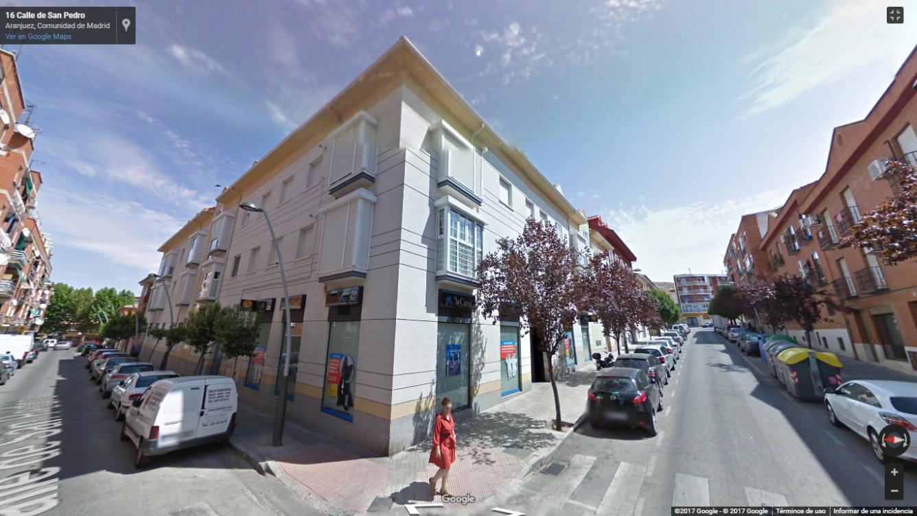 Local - 2ª línea comercial en Calle ABASTOS